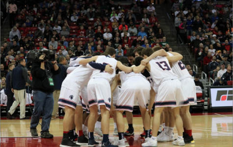 Spartans Win State Basketball Semifinal Game